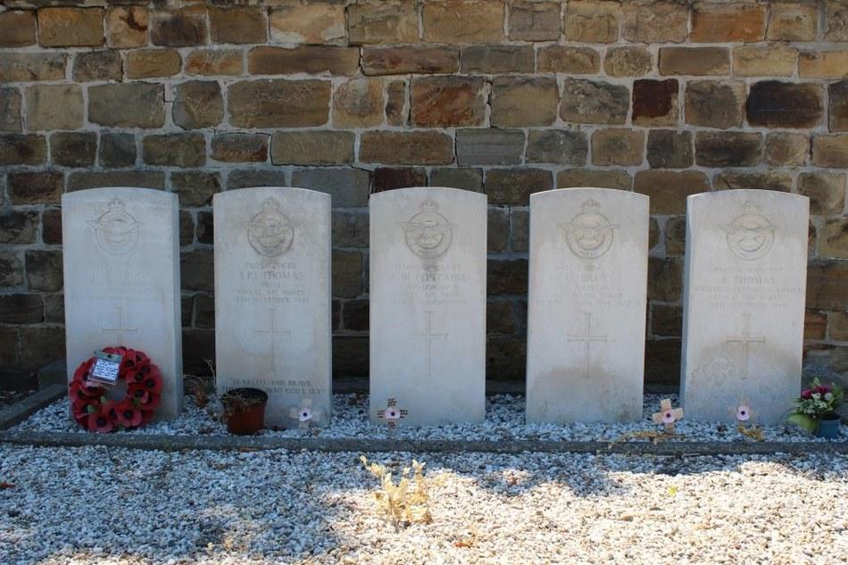 Assesse - Tombes du  Commonwealth compressée ©OTA.JPG