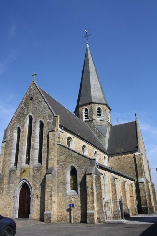 Courrière (Trieu) - Eglise du Sacré-Coeur ©OTA.JPG