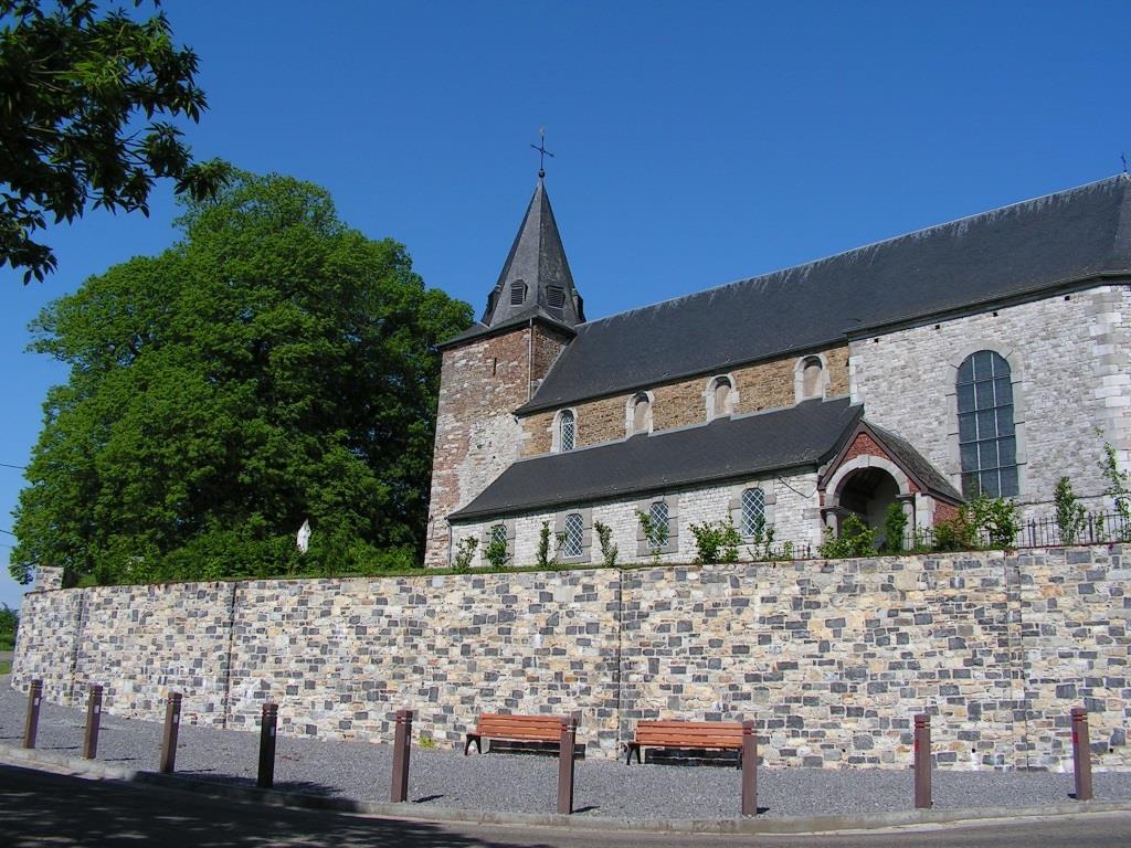 Florée - Eglise Sainte-Geneviève ©OTA.JPG