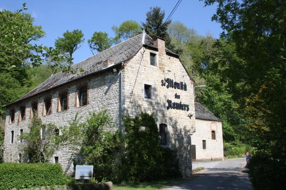 Hôtel Moulin des Ramiers - Copie light.jpg